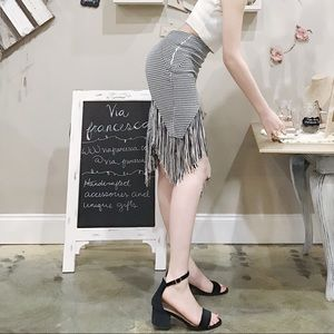 Dresses & Skirts - Houndstooth fringe asymmetric skirt bodycon